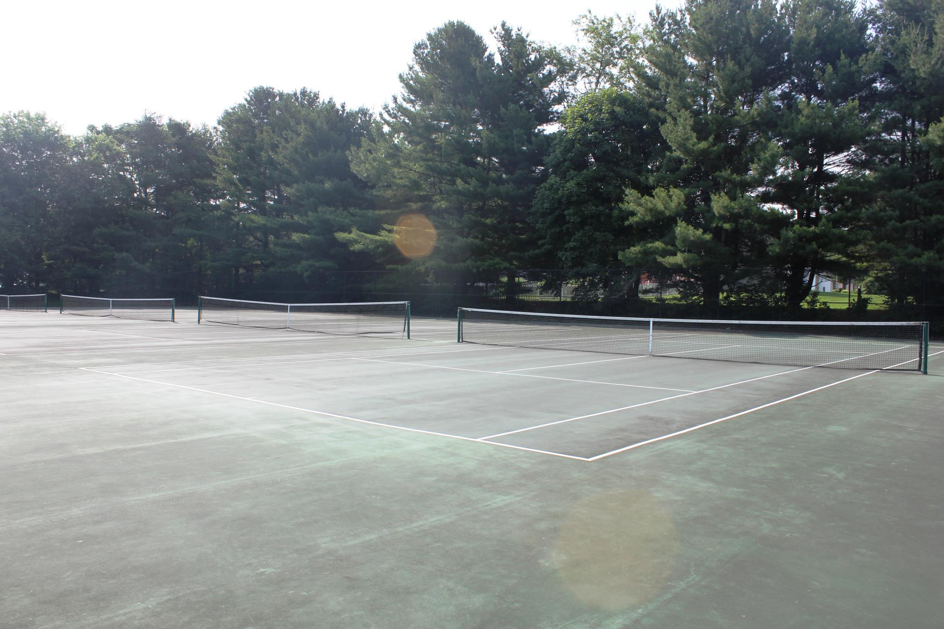 Cecil Community Center Tennis Courts